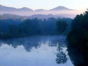 Blue Ridge Mountains - lake near Blue Ridge Parkway