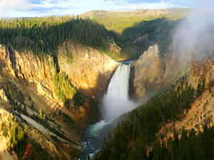 Yellowstone National Park - Yellowstone Falls